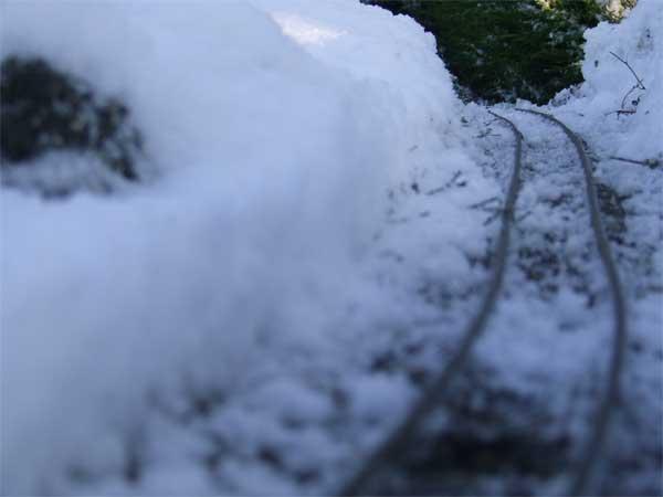 snow-piles-web.jpg